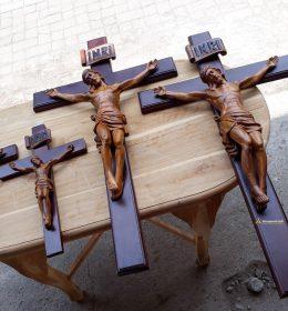 Patung-salib-40