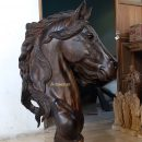 patung-kepala- kuda-9